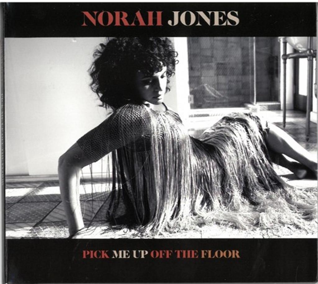 Pick me up off the floor / Norah Jones, chant, piano  